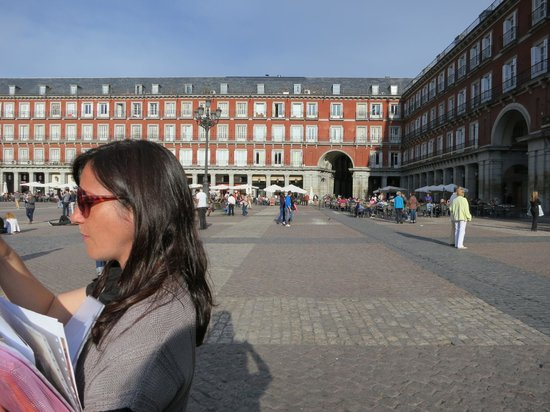Context Madrid Tours: Plaza Mayor with Context Travel docent