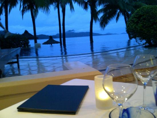 Beach Club: Gorgeous view from dinner table