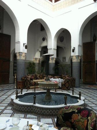 Riad El Yacout : courtyard