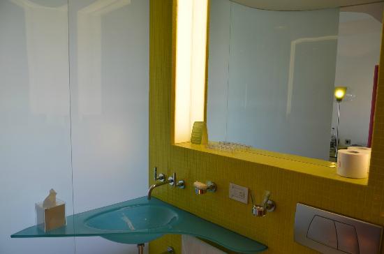 Semiramis: bathroom sink (awkward angle to mirror)