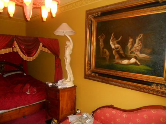 Beach Manor Bed and Breakfast Perth: French Boudoir Room