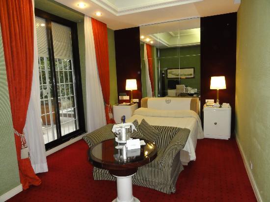 Hotel Lord Byron: Ground floor room