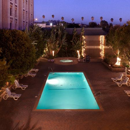 Whittier, CA: Hotel Pool