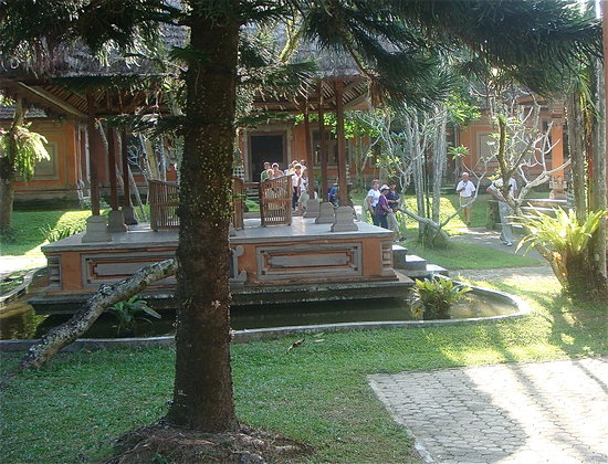 Petulu, Indonesien: Beautiful Grounds
