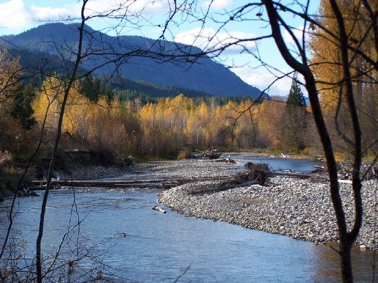 Wolf Ridge Resort: Methow River at Wolfridge Resort
