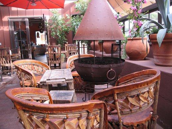Ortega 120: Patio firepit