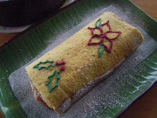 Flavors Cafe: Christmas Guava Pineapple Jelly Roll