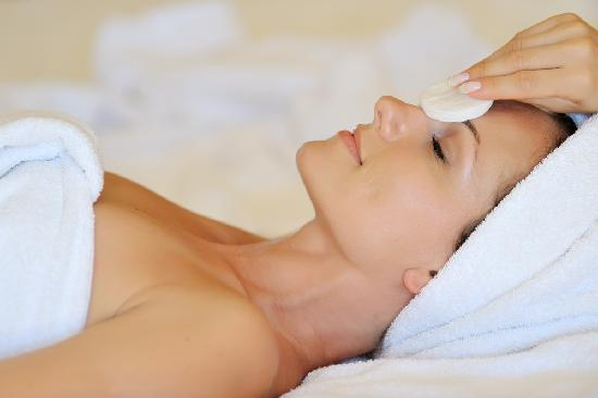 The Best Day Spa: Facial Treatments
