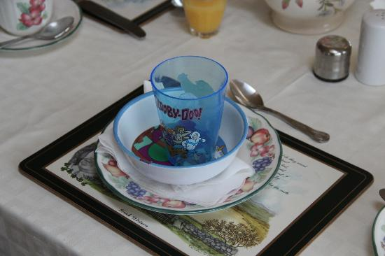 Glenraha Farmhouse B&B: Brid had a special place setting for my grandson.