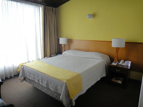 Hotel Excelsior Bogotá: Habitacion