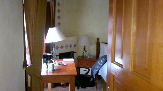 Sombra del Agua Hotel San Cristobal: Chimenea
