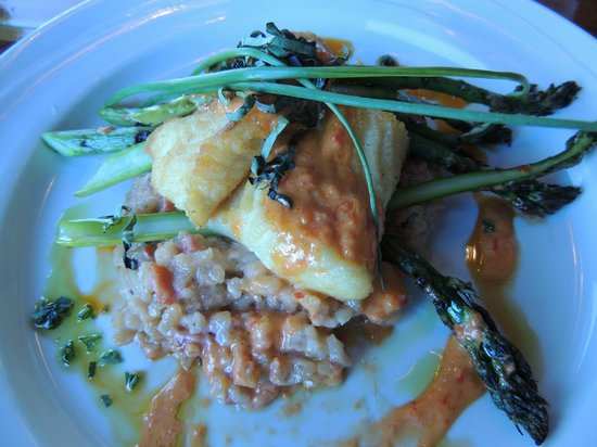 The Chart Room Restaurant : Halibut with Salmon Risotto and Asparagus