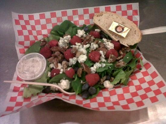 Divine Burger Bistro: Red White and Blue Salad