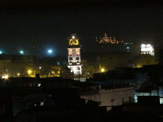 Hare Krishna Guest House : nightview from the top