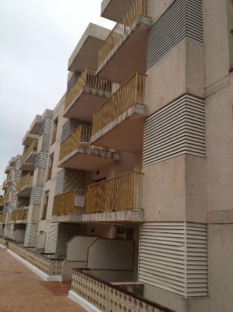 Pins Marina Apartments: die Seitenansicht des Hotels - pardon: des Blocks