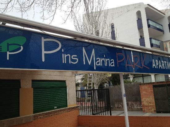 Pins Marina Apartments: Der Eingangsbereich