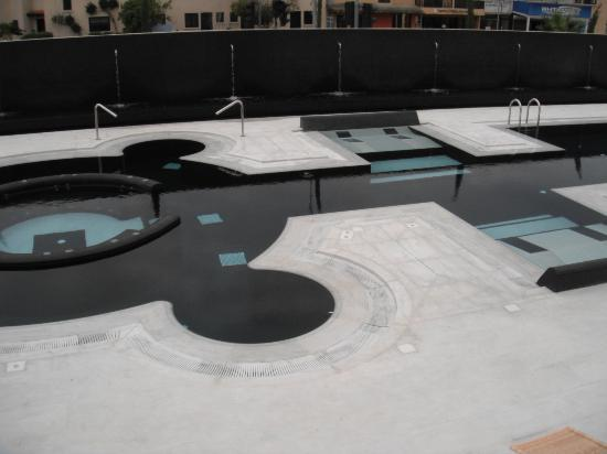 The King Jason Paphos: New pool area