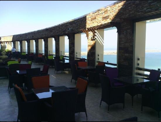 LaFontana Restaurant & Cafe: Huge Terras with beautiful View