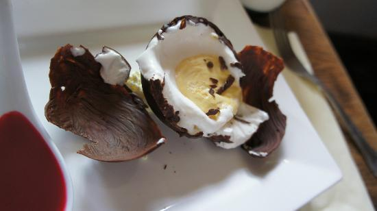 The Half Moon: Chock-O-Egg ... You can keep your Cadbury - This was the real deal...