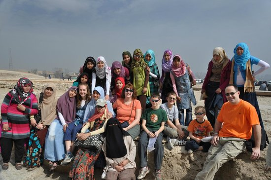 Real Egypt Day Tours: Local school girls wanted their picture with us at the Pyramids