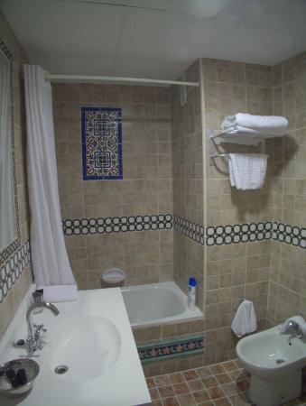 Hotel Convento La Gloria : Salle de bain Ch 303