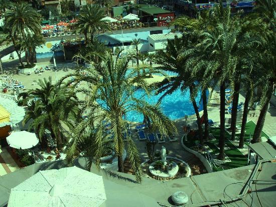 Hotel Marina Resort Benidorm: Vista desde la terraza