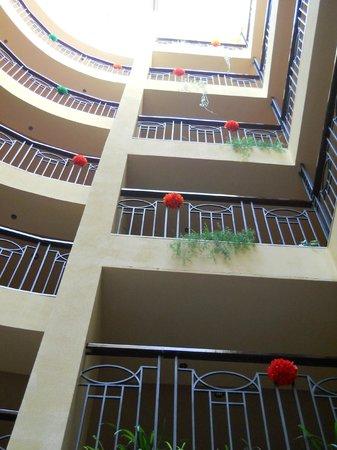 Kristal Hotel: Hotel hall