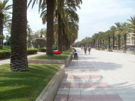 Ohtels Vil.la Romana: avenues piétonnes bords de plage à Salou
