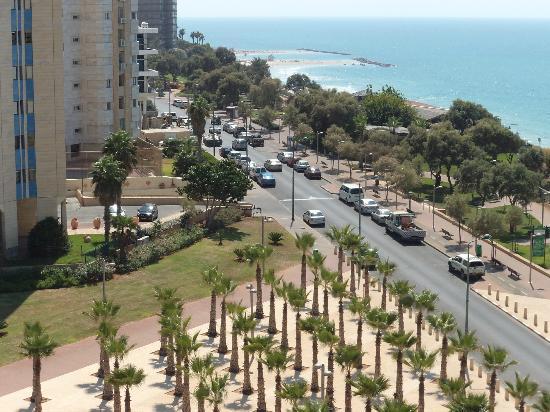 Galil Hotel: Вид с балкона отела Галил