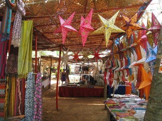 Anjuna Market: Ropa