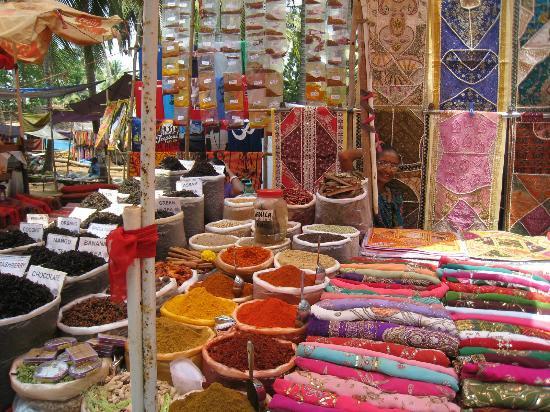 Anjuna Market: Te