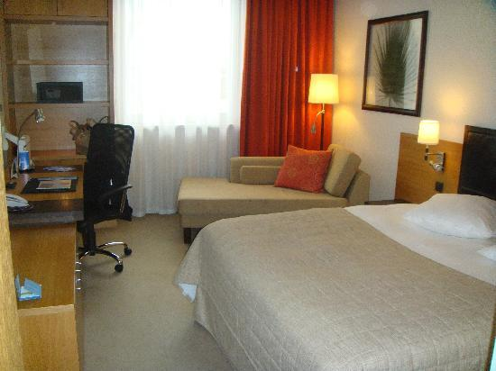 NH Luxembourg : Room