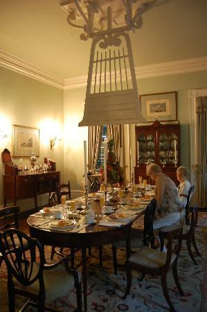 Linden Bed and Breakfast: Linden's diningroom