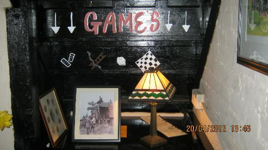 The Turfcutters Arms: Games available