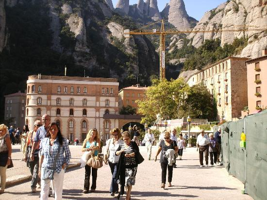 TUI Family Life Avenida Suites : This is stunning, please don't leave spain without seeing Montserrat - my favourite