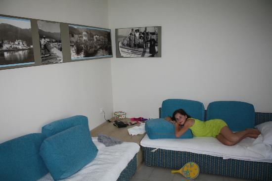 Skala Prinou, Grecja: The room