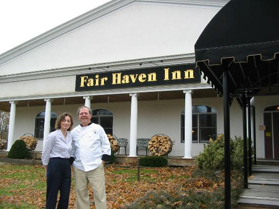 The Fair Haven Inn: Mihala and Dimitri welcome us to the Inn!