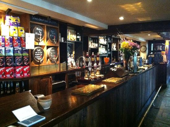 The Packe Arms: bar