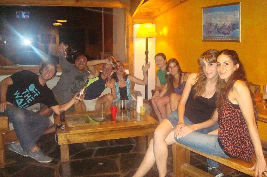 Bariloche Hostel: Un lugar que invita al encuentro y a la  fraternidad