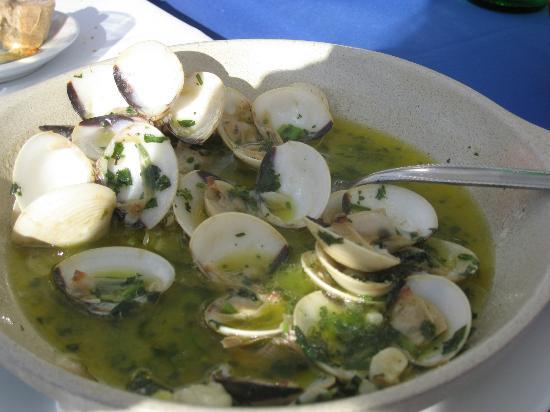 Palheiro Golf Clubhouse restaurant: clams with lemon garlic  sauce