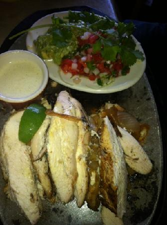 Pappasito's Cantina-Catering: the chicken fajitas