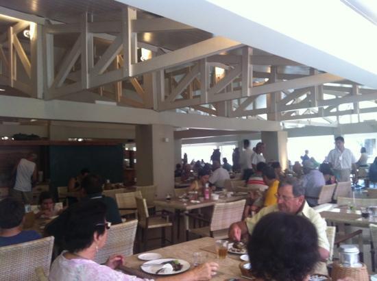 Rio Quente Suite & Flat III: restaurant partial photo