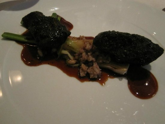 Koka: Main course, not our favourite, pig from the grill