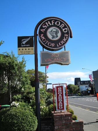 Ashford Motor Lodge: Ashford Hotel