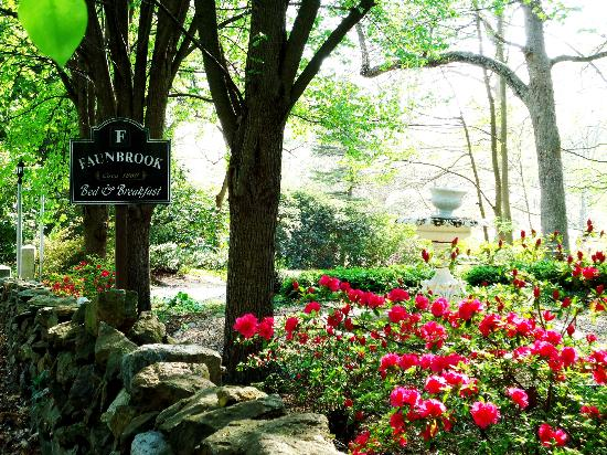 Faunbrook Bed & Breakfast : The entrance