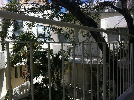 Coco Rio Playa del Carmen: Vista general hotel