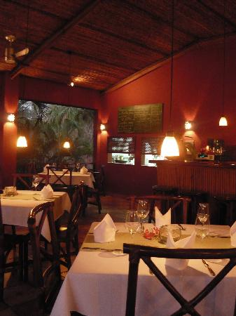 Hotel Restaurant Cantarana: Restaurant