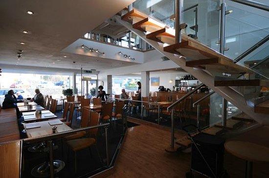 Squires Fish Restaurant: Downstairs restaurant