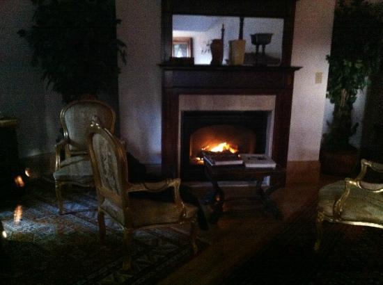 Gramercy Mansion: fireplace