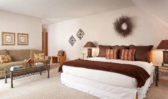 The Inn at Honey Run: Superior Inn Suite